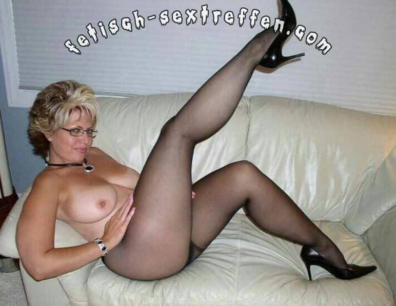frauen sex das tragen von nylon strumpfen